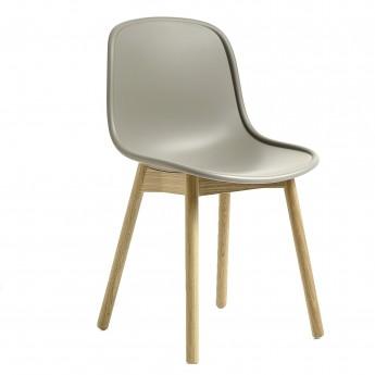 Chaise NEU 13 gris base chêne