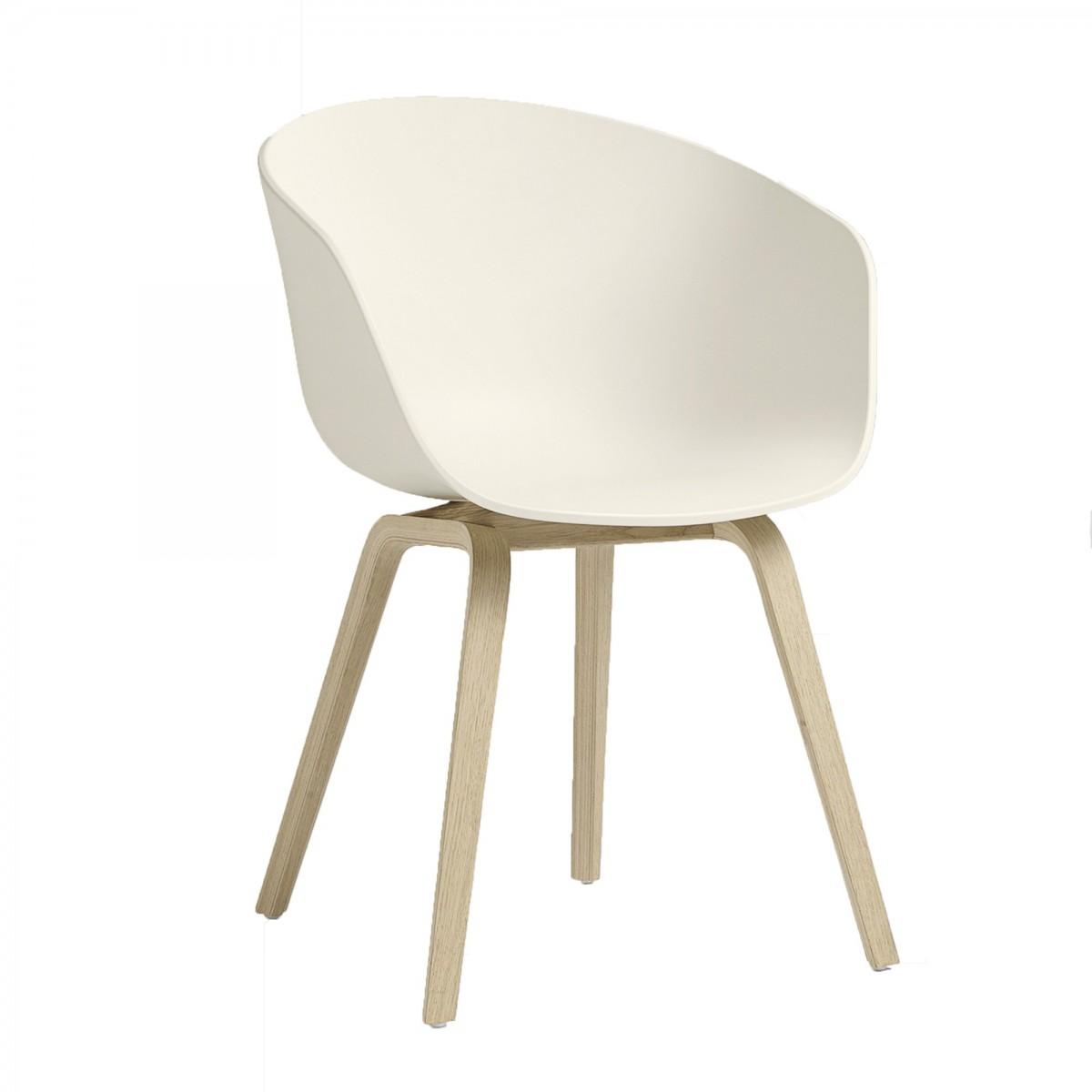 chaise aac 22 cr me en ch ne et coque en polypropyl ne hay. Black Bedroom Furniture Sets. Home Design Ideas