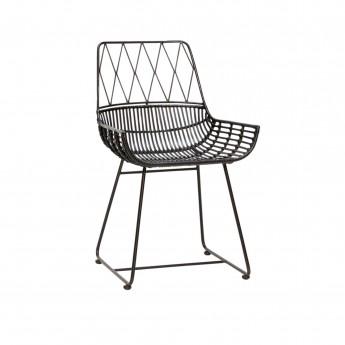 Chaise noire en rotin