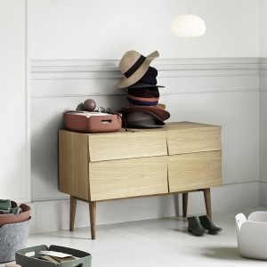 REFLECT Small Sideboard
