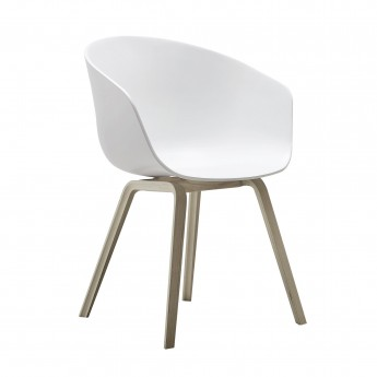 AAC 22 white chair