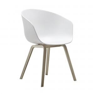 AAC 22 white chair