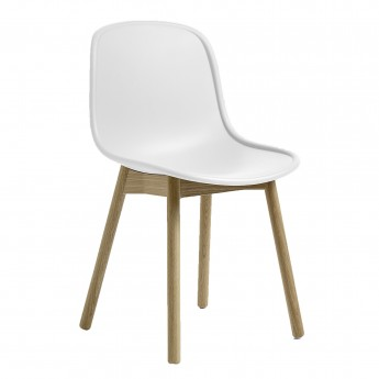 NEU 13 chair white oak base