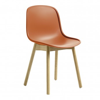 Chaise NEU 13 orange base chêne