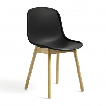 NEU 13 chair black oak base