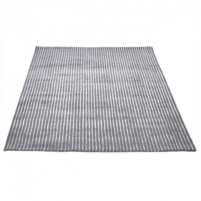 PIN grey carpet