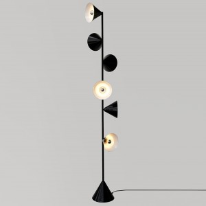 VERTICAL floor lamp
