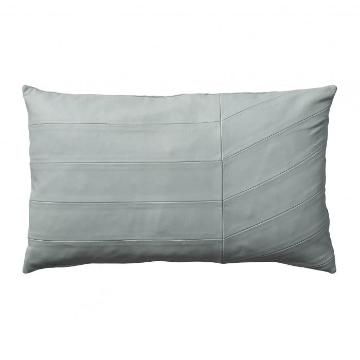 CORIA rose cushion