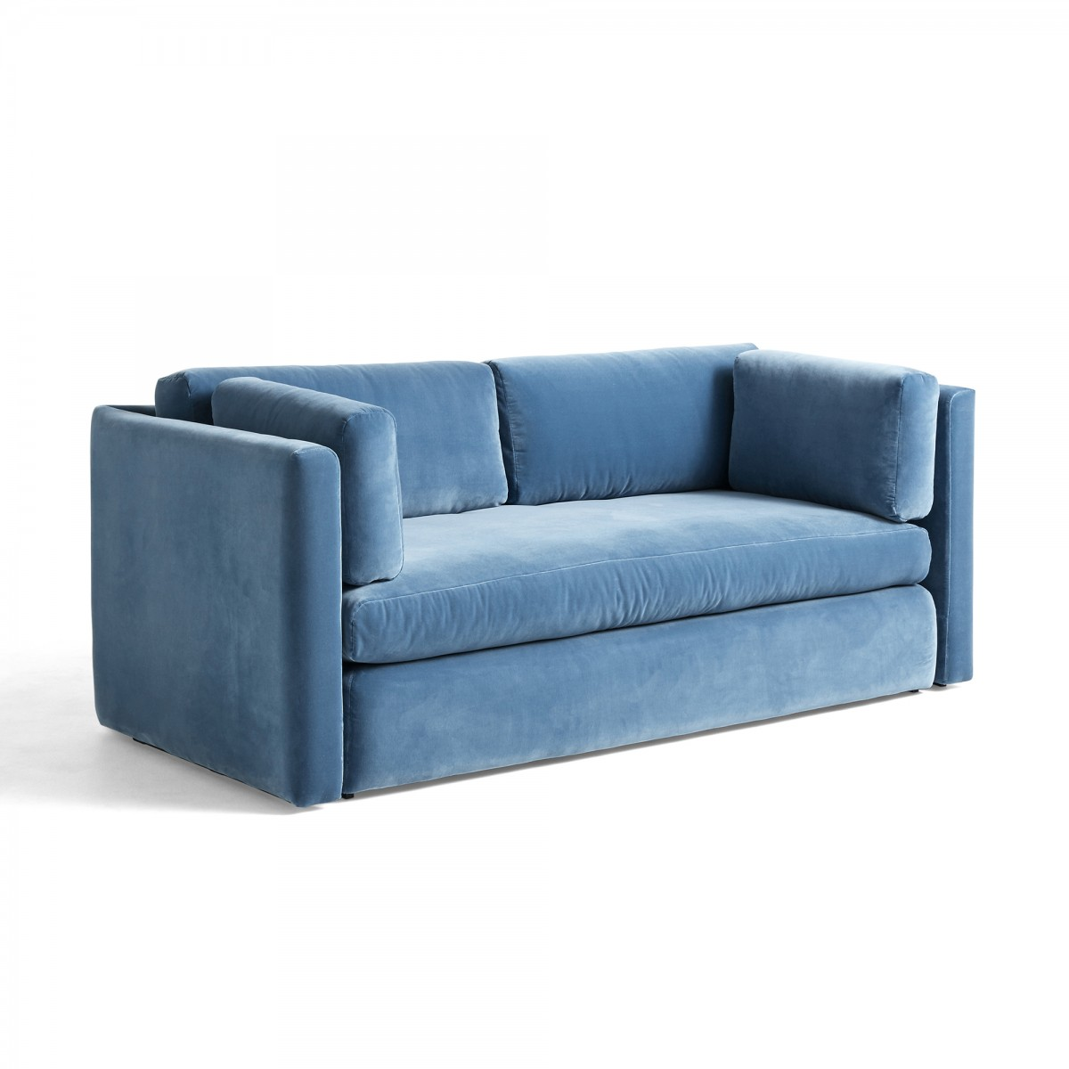 HACKNEY blue velvet sofa - HAY