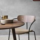 Table IN BETWEEN