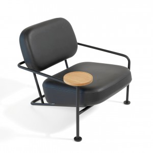 ÅHUS Easy Chair with wooden table - Leather