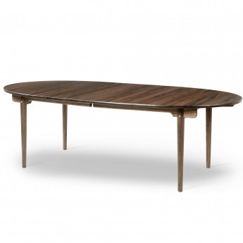 Dining Table CH339 - Walnut Oil