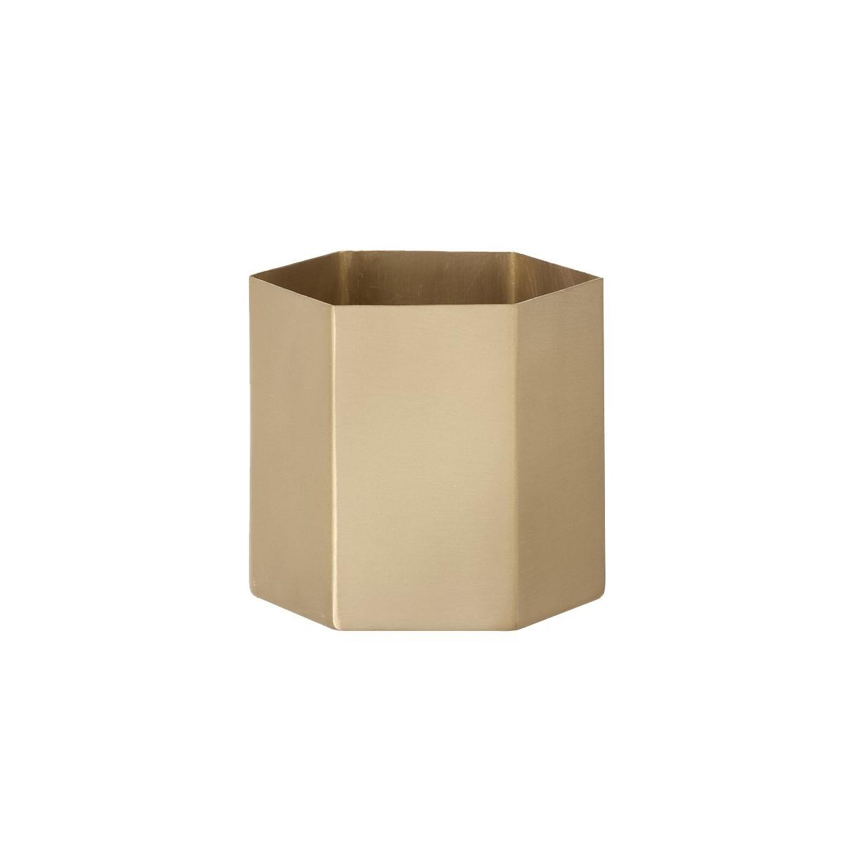 Beautiful Hexagonal Pot. Loading Zoom