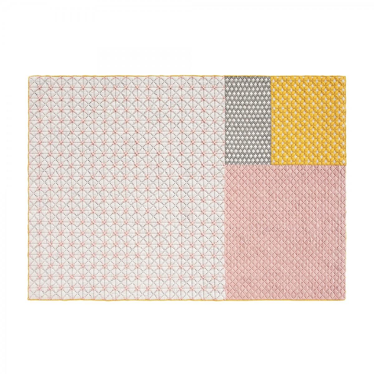 gan linge de lit Tapis Silaï en laine vierge de la marque Gan, design par Charlotte  gan linge de lit