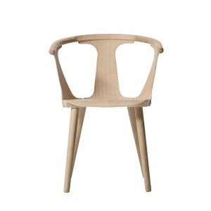 IN BETWEEN chair white oiled oak